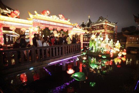 """Сад Юйюань - """"место отправления"""" желаний (фото:  Eugene Hoshiko)"""