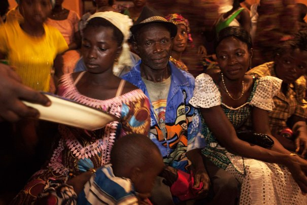 Перед свадьбой, Сьерра-Леоне, фото: Finbarr O'Reilly