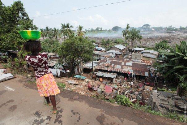 Трущобы, Сьерра-Леоне, фото: Артемий Лебедев