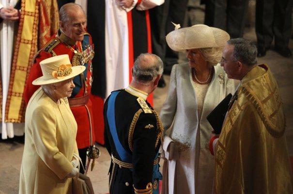 Королева Англии Елизавета II,  Принц Филипп, Принц Чарльз с супргой Камилой, фото: Adrian Dennis