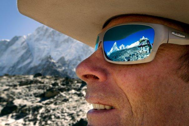 National Geographic переносит нас на самую высокую гору в мире - №1