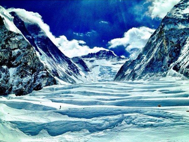 National Geographic переносит нас на самую высокую гору в мире - №5