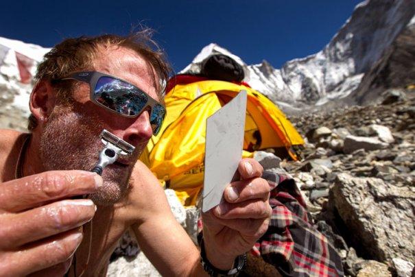 National Geographic переносит нас на самую высокую гору в мире - №7