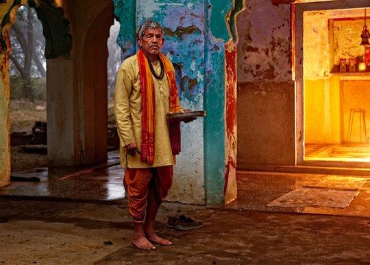 Поломник индийского храма