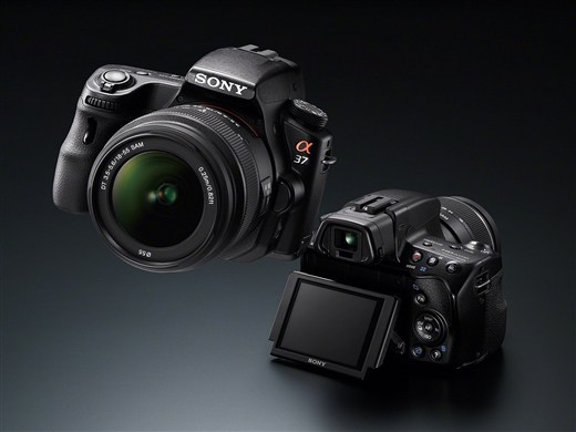 Sony  SLT-A37 с технологией полупрозрачного зеркала - №3