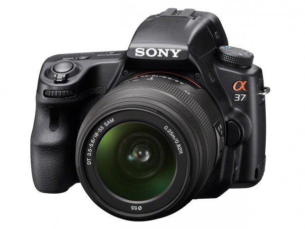 Sony  SLT-A37 с технологией полупрозрачного зеркала - №2