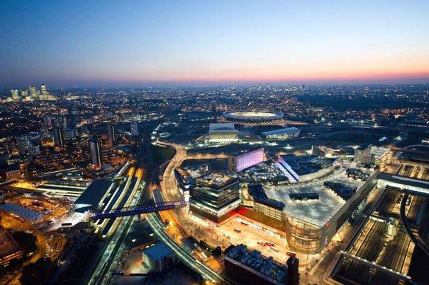 Шоппинг-центр Westfield Stratford и парк сооружений для Олимпийских игр 2012 в Лондоне.