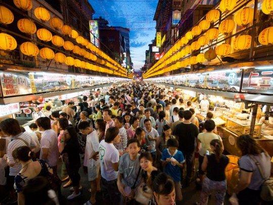 Ночной рынок, Тайвань (фото:Neil Wade)