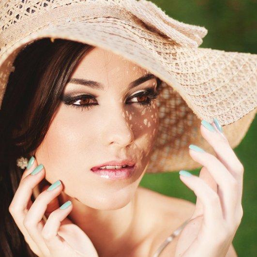 Красота и женственность в портретах Анны Теодоры - №21