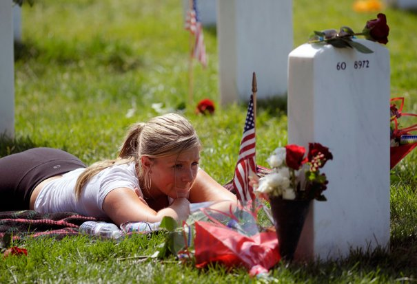 (AP Photo/Cliff Owen)