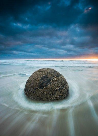 Отаго, Новая Зеландия. Кроме использования долгой выдержки, не забывайте об остальных элементах: интересной перспективе, использовании цвета, тонов, интересных элементов на переднем и заднем плане.