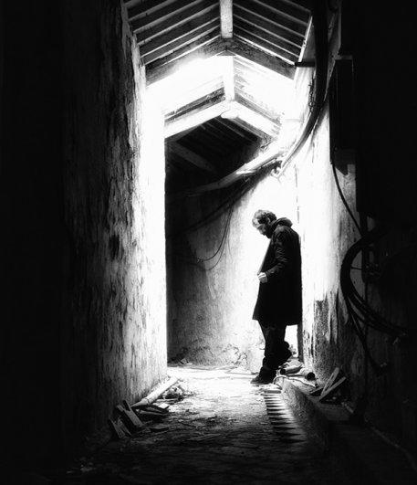 Черно-белые автопортреты Массимилиано Сарно - №9
