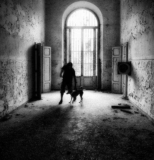 Черно-белые автопортреты Массимилиано Сарно - №11