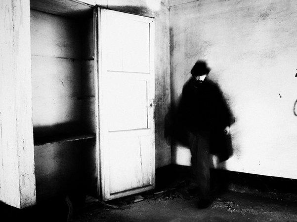 Черно-белые автопортреты Массимилиано Сарно - №19