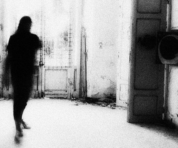 Черно-белые автопортреты Массимилиано Сарно - №22
