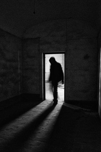 Черно-белые автопортреты Массимилиано Сарно - №24