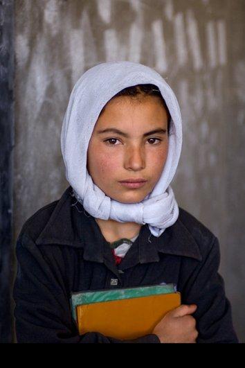 Удивительные портреты Стива МакКарри (Steve McCurry) - №24