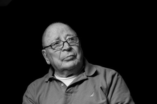 Боб Брунер,89 лет,гл.фармацевт  на флоте