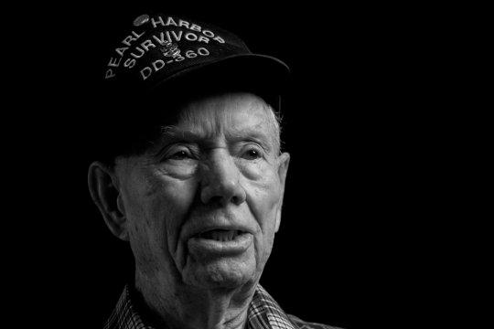 Дин Гриффет, 94года, служил во флоте