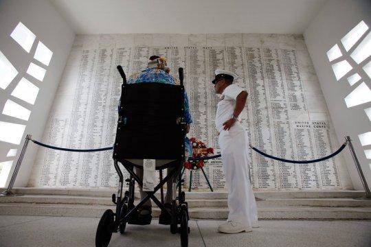 2011 год, Гонолулу, Гавайи (фото:Hugh Gentry/Reuters)