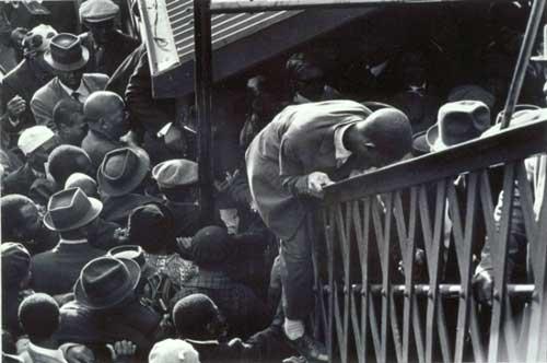 Выпускник Нью-Йоркского Института Фотографии – Эрнст Коул (Ernest Cole) - №1