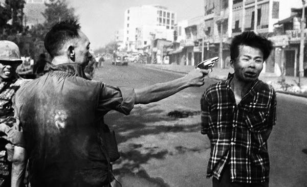 20 фотографий, которые потрясли мир - №5