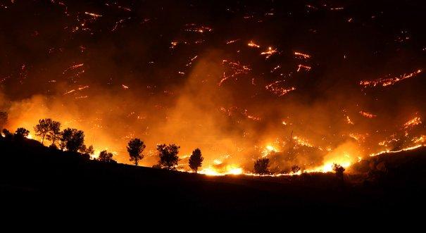 (Casey Christie/The Bakersfield Californian/Associated Press)