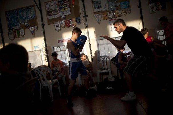 Израильский мир, установленный в боксе - №16