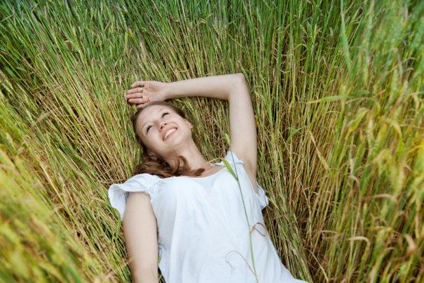 Woman lie in the field