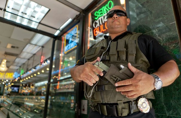 Damian Dovarganes/Associated Press