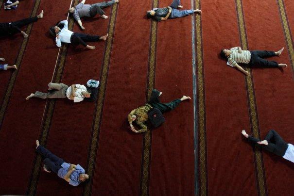 Tatan Syuflana/Associated Press