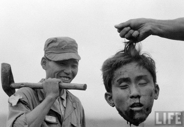 Голова убитого северокорейского партизана во вермя конфликта между Северной Кореей и Южной Кореей, 1952