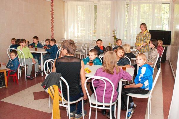 Дети оставшиеся без попечения родителей. - №43