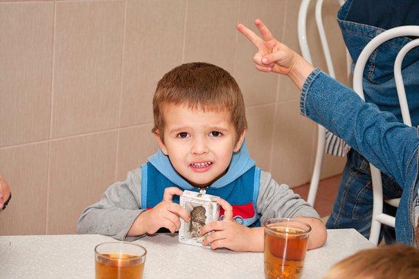Дети оставшиеся без попечения родителей. - №48