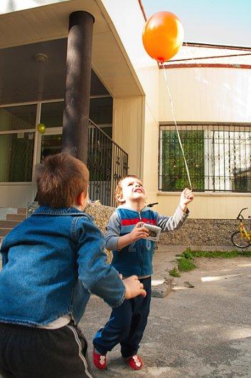 Дети оставшиеся без попечения родителей. - №60