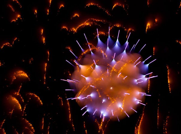Long-Exposure-Fireworks-1