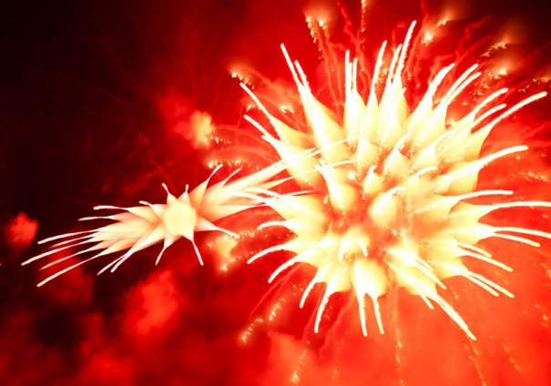 Long-Exposure-Fireworks-3