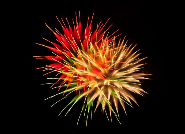 Long-Exposure-Fireworks-8