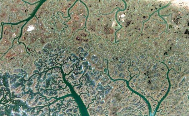 Спутниковые пейзажи Google Earth - №14