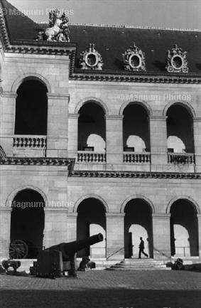 Париж, 7 округ, Henri Cartier-Bresson