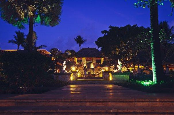 Вечерний отель