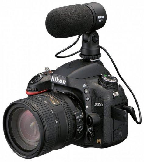 Nikon D600 -