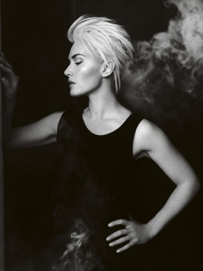 Kate Winslet - Vogue UK April 2011 02