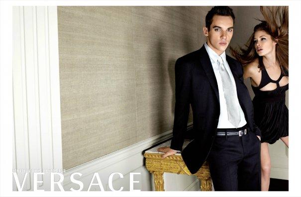 Versace SS 07 11 - Jonathan Rhys Meyers