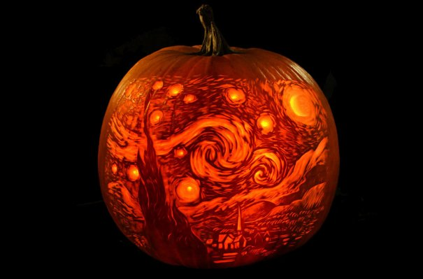 AP Photo/Maniac Pumpkin Carvers, Marc Evan