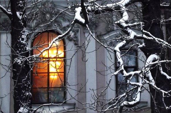 ЛИДИЯ - Я знаю... что ты уже дома.. и это твой свет
