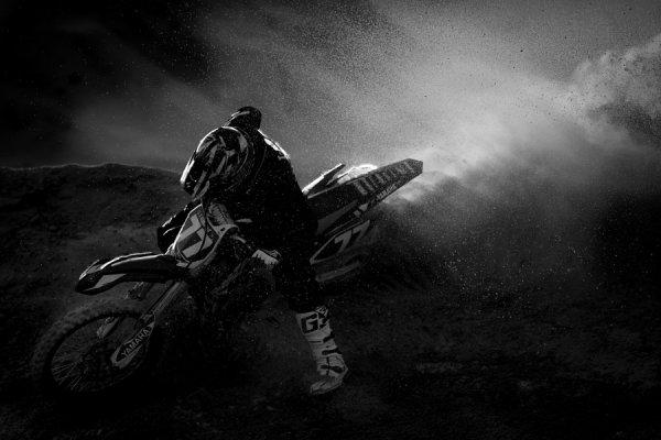 Взрыв. Автор фото: Мшари Аль-омайри - Удачные кадры