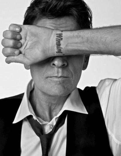 Фотографии знаменитостей: Чарли Шин (Charlie Sheen)