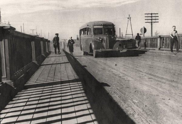 Неизвестный автор. Мост на Октябрьской улице. Норильск. 1944