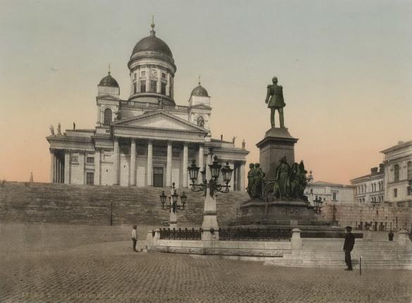 Неизвестный автор. Гельсингфорс. Памятник Александру II. 1900 – 1910-е. Фотохром